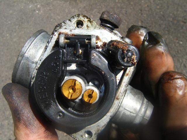 vespa et2 50 karburátor